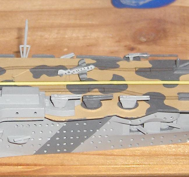 DKM Graf Zeppelin [revell 1/720] - Page 2 42858HPIM1141