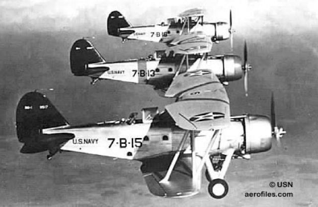 CURTISS SB2C HELLDIVER 645851Great_Lake_BG1