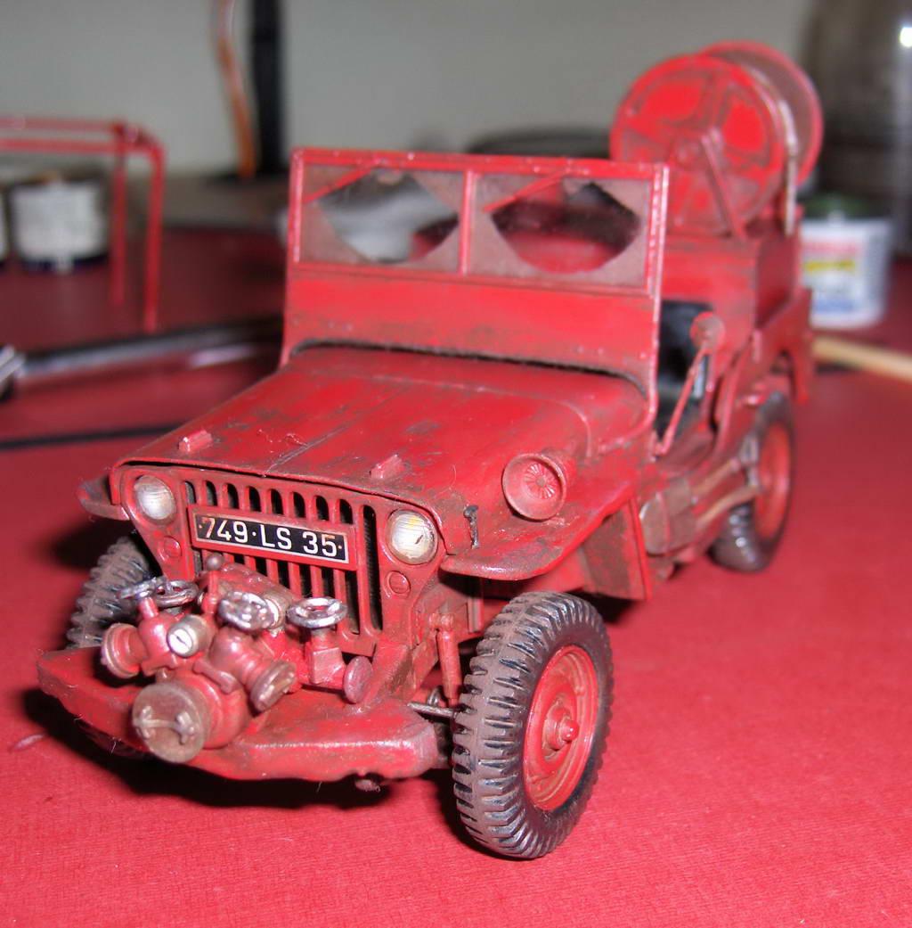 Fire Jeep 1/24 Italeri - Page 3 671535HPIM0813