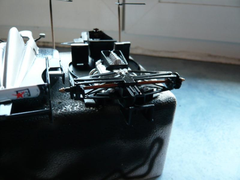 McLaren Mercedes MP4/12 689093P1050171