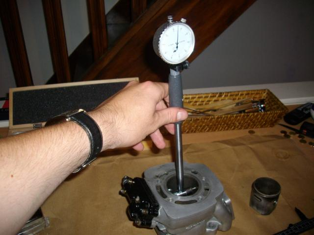Mesure de l'alésage cylindre 772330IMGP1834