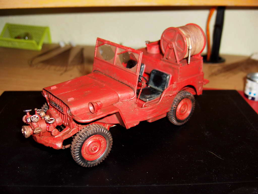 Fire Jeep 1/24 Italeri - Page 3 905244HPIM0796