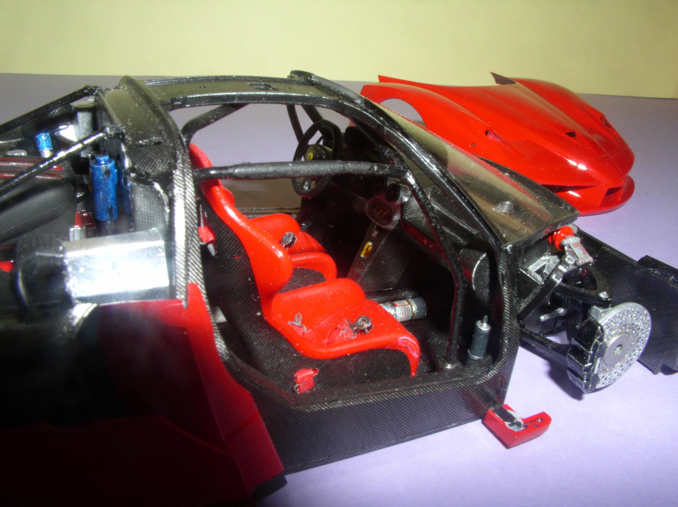 Ferrari FXX ...Tamiya 1/24... Reprise du montage !!!!!! Fxx11
