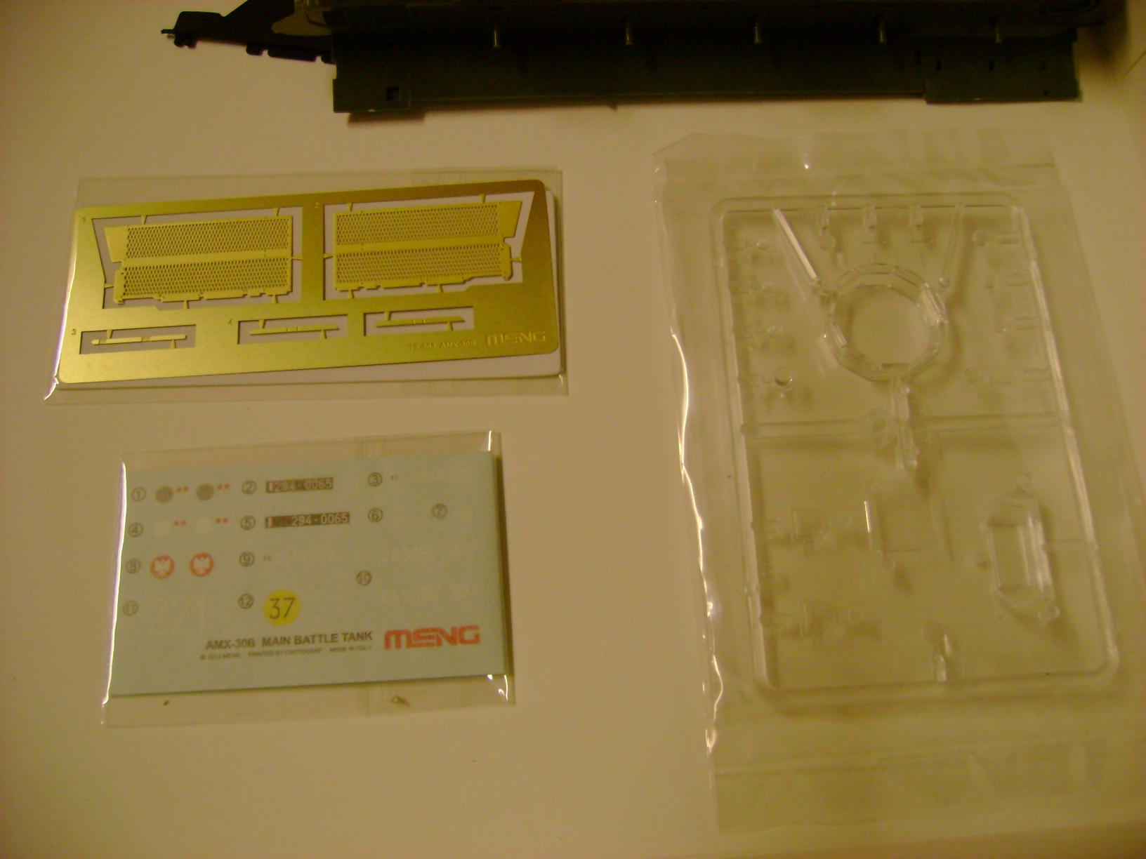 Review Kit AMX-30 B par Meng au 1/35.... Dsc03313g