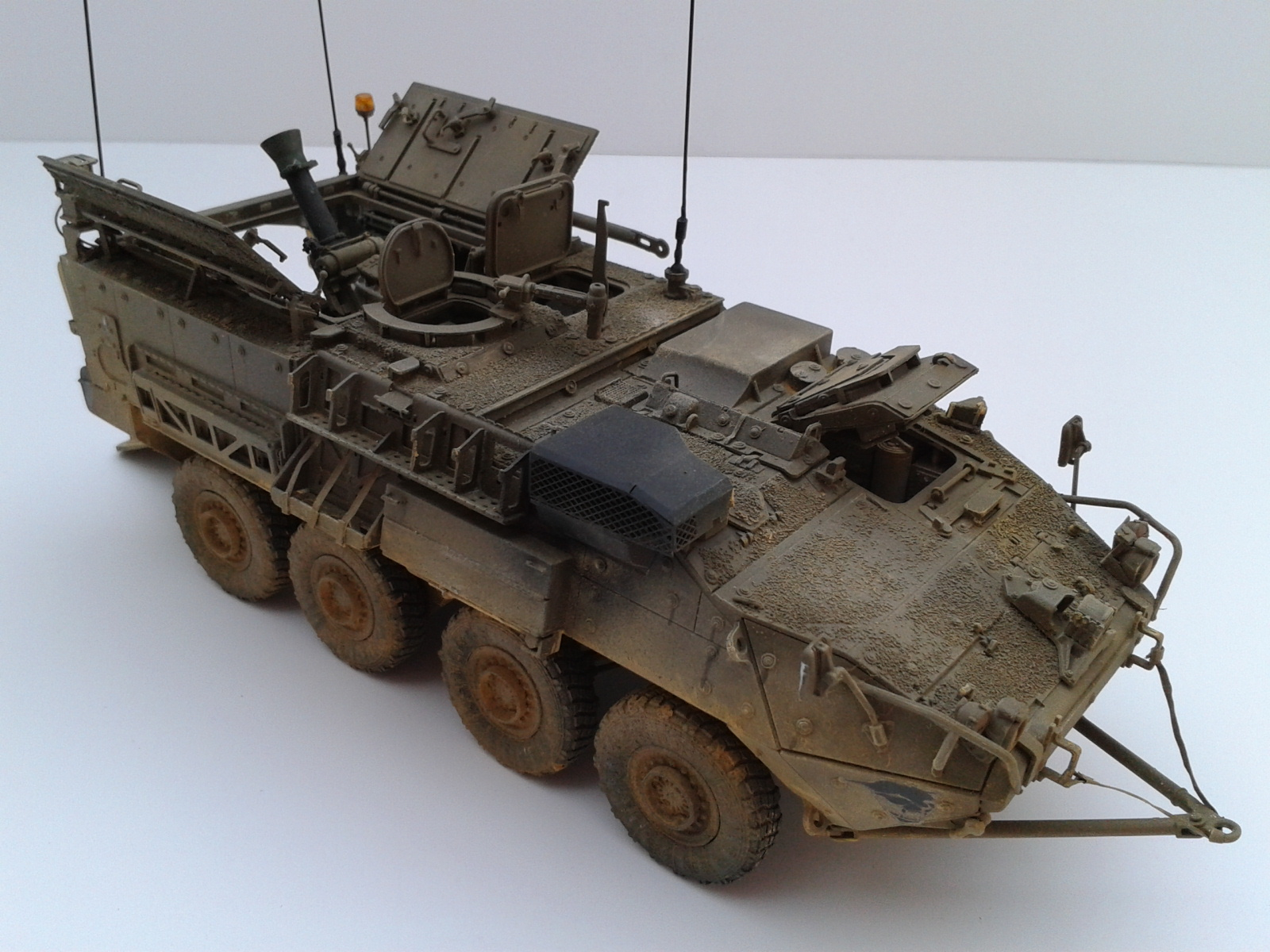 Stryker M1129 Mortar Carrier MC-B ...Montage terminé !!!! - Page 2 Szd2