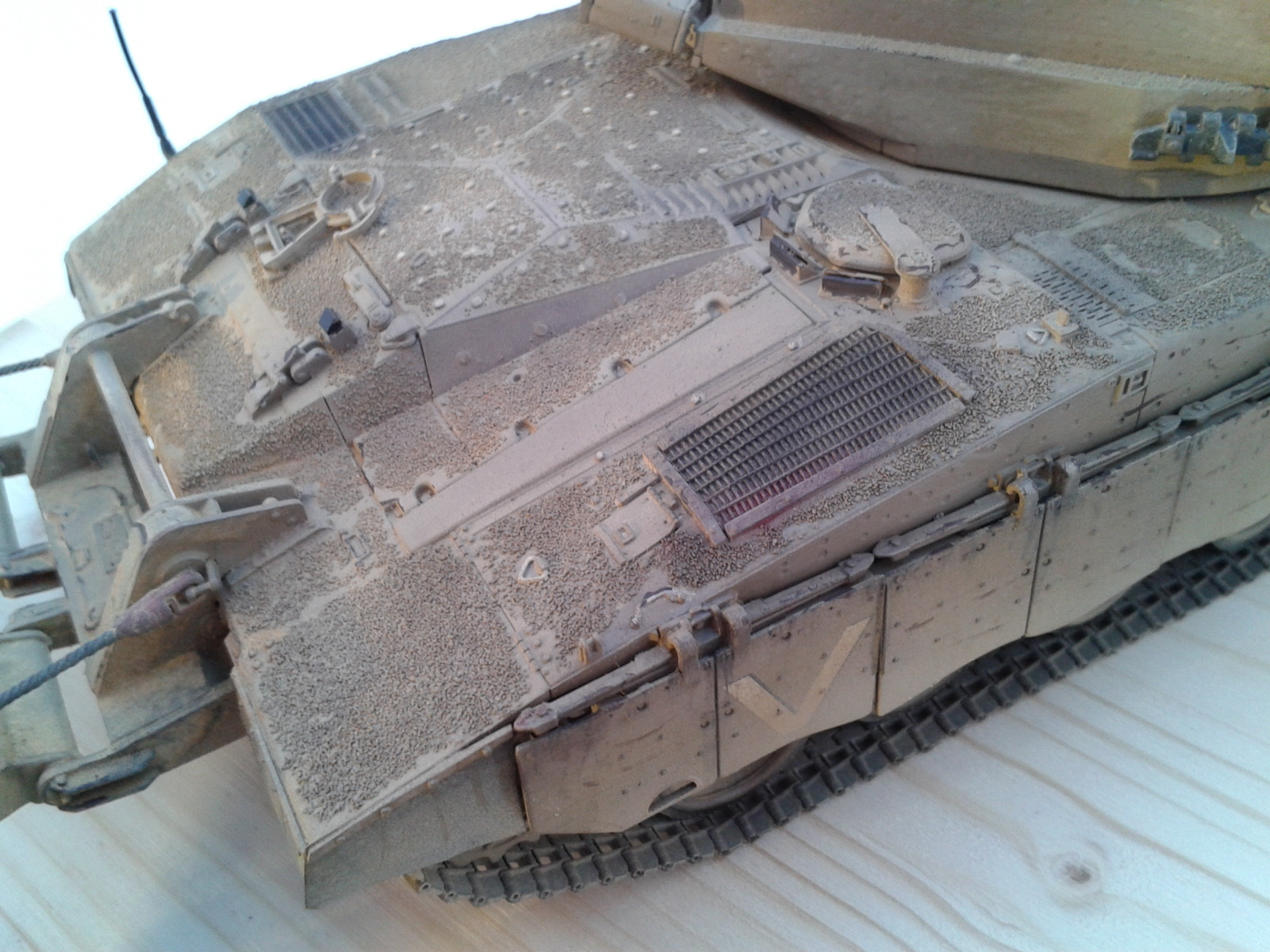 Merkava Mk.3 BAZ w/Nochri Dallet Mine Roller System Meng 1/35....Terminé !!!!! V0fu