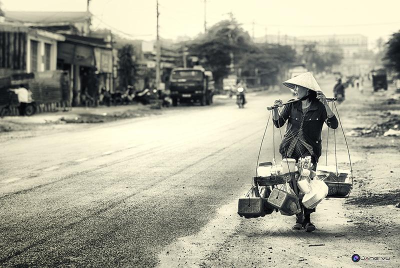 Hình ảnh Người Mẹ nghèo Hinhanhnguoimengheo04