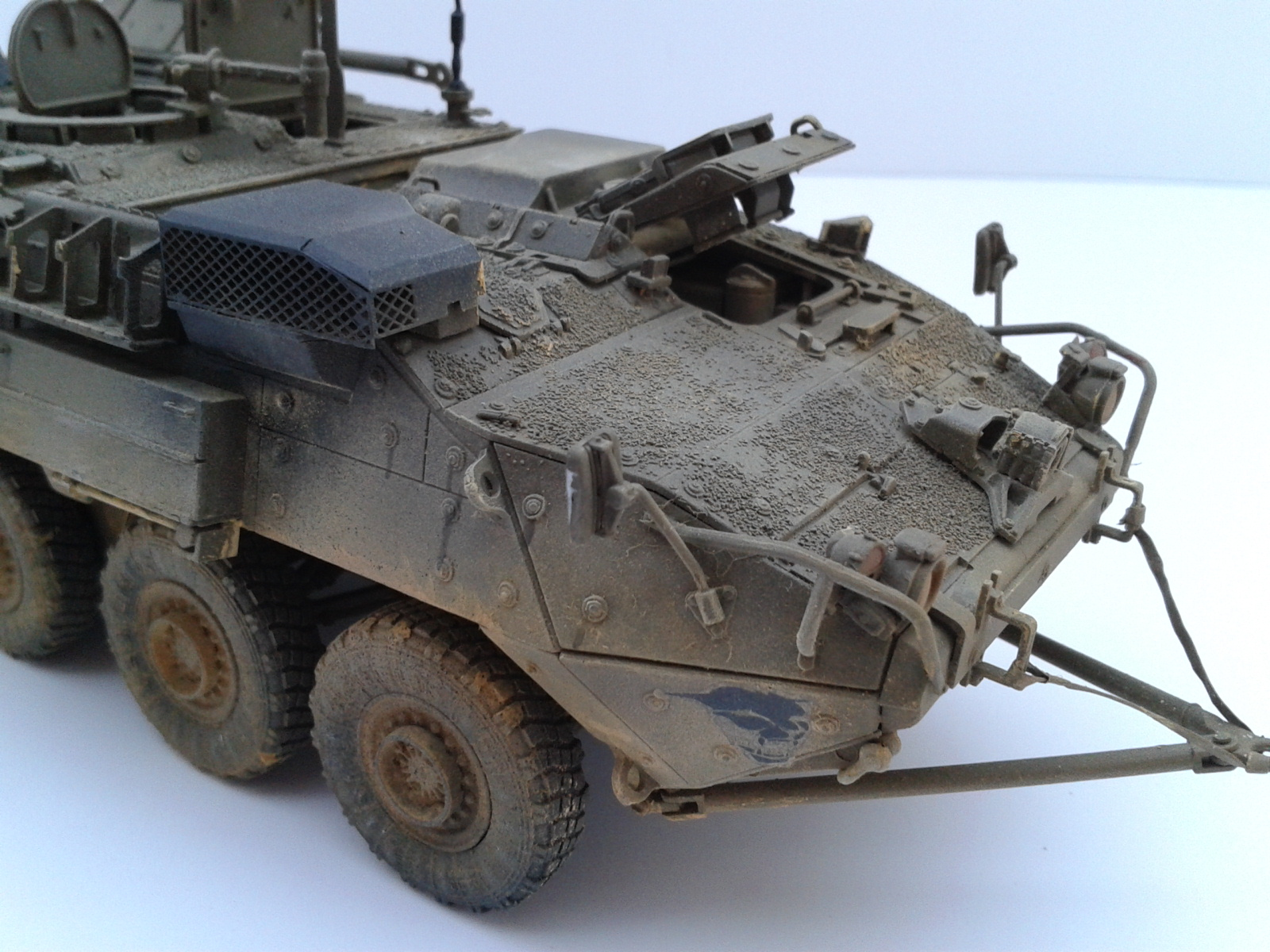 Stryker M1129 Mortar Carrier MC-B ...Montage terminé !!!! - Page 2 Cxwv