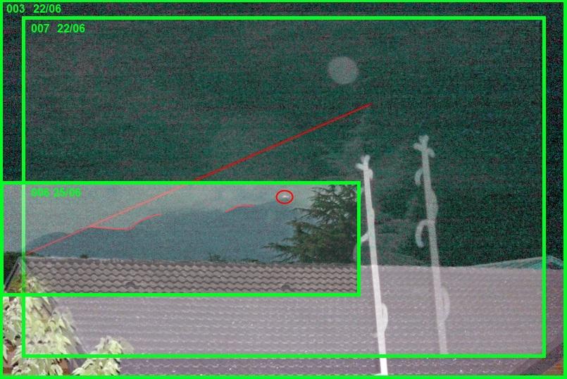 2013: le 22/06 à 22h29 - Boules lumineuses en file indienne - scientrier - Haute-Savoie (dép.74) - Page 4 Lofi