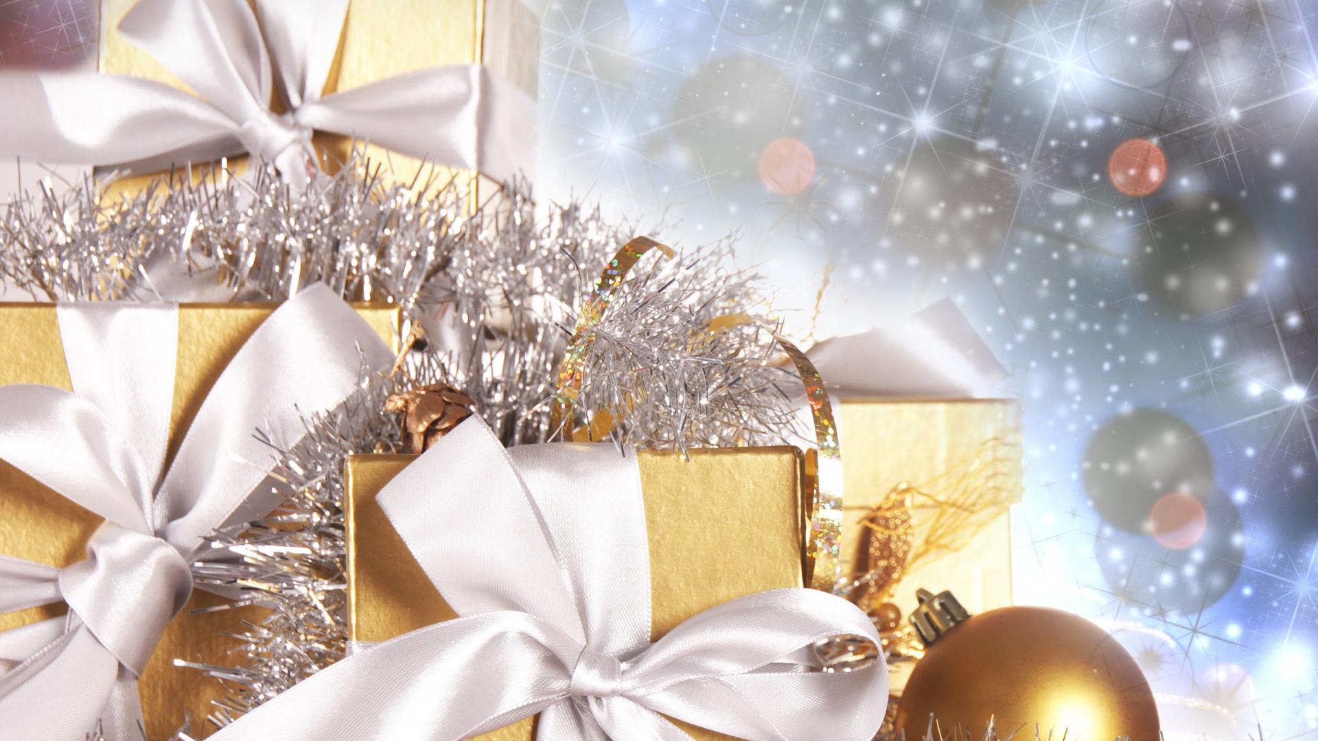 Bộ Sưu Tập Ảnh Giáng Sinh - Page 4 Christmasgifts220