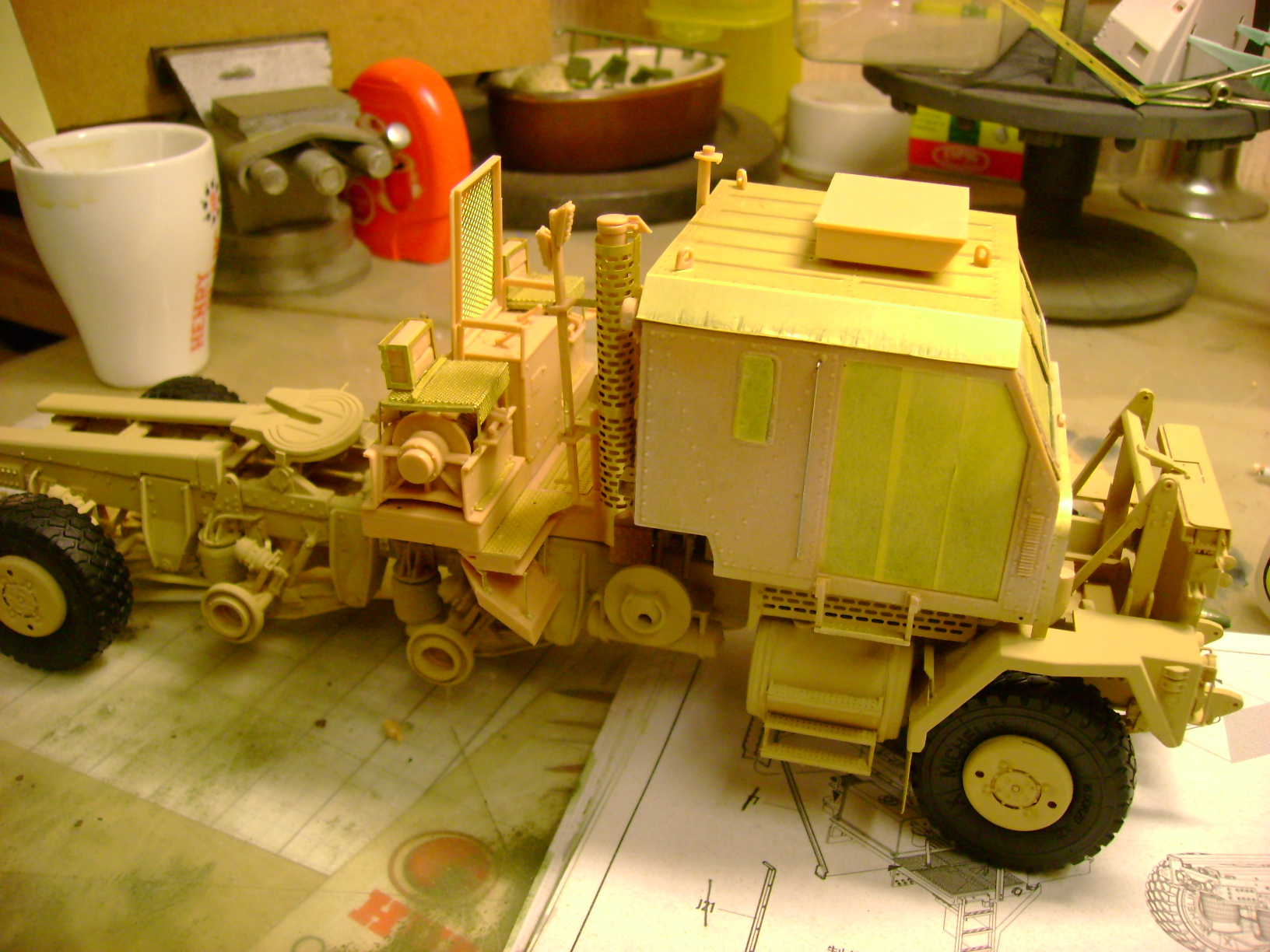 M1070 Truck Tractor & M1000 Semi-Trailer By T-bird!!!!! 1/35 Hobby Boss.Up du01/02.... - Page 4 113bc