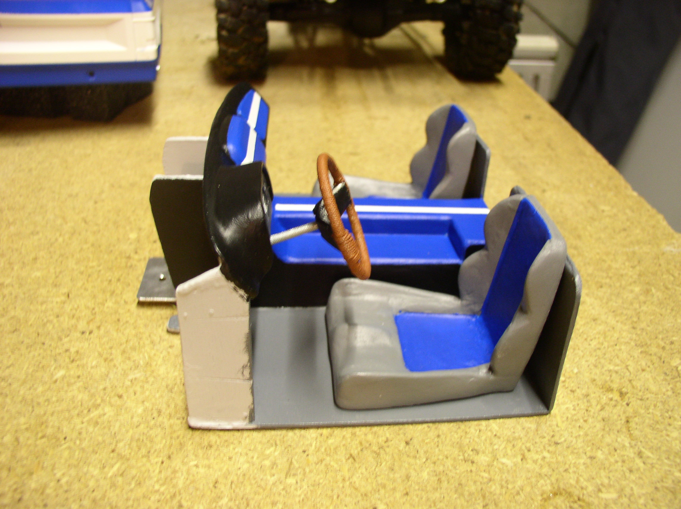 """[ SCX10 Axial ] CHEVROLET K5 Pick-up, benne rallongée.""""TERMINE"""" - Page 5 Cabine3"""