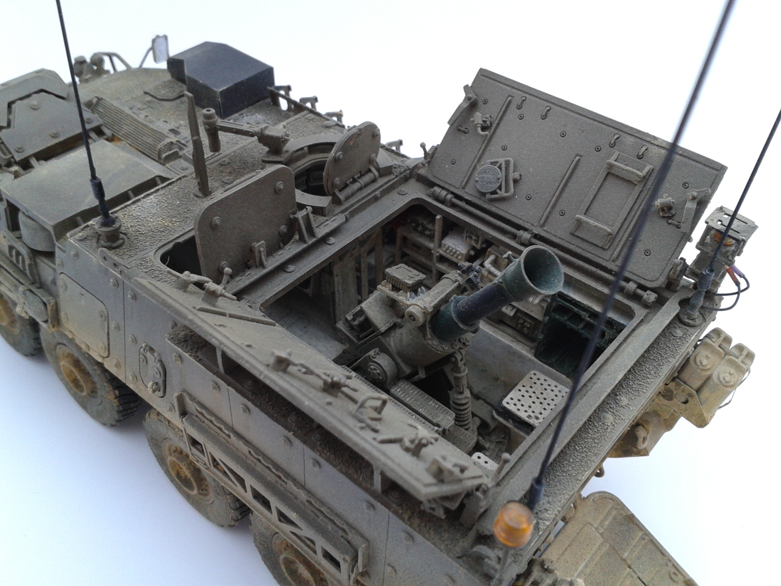 Stryker M1129 Mortar Carrier MC-B ...Montage terminé !!!! - Page 2 7lkh