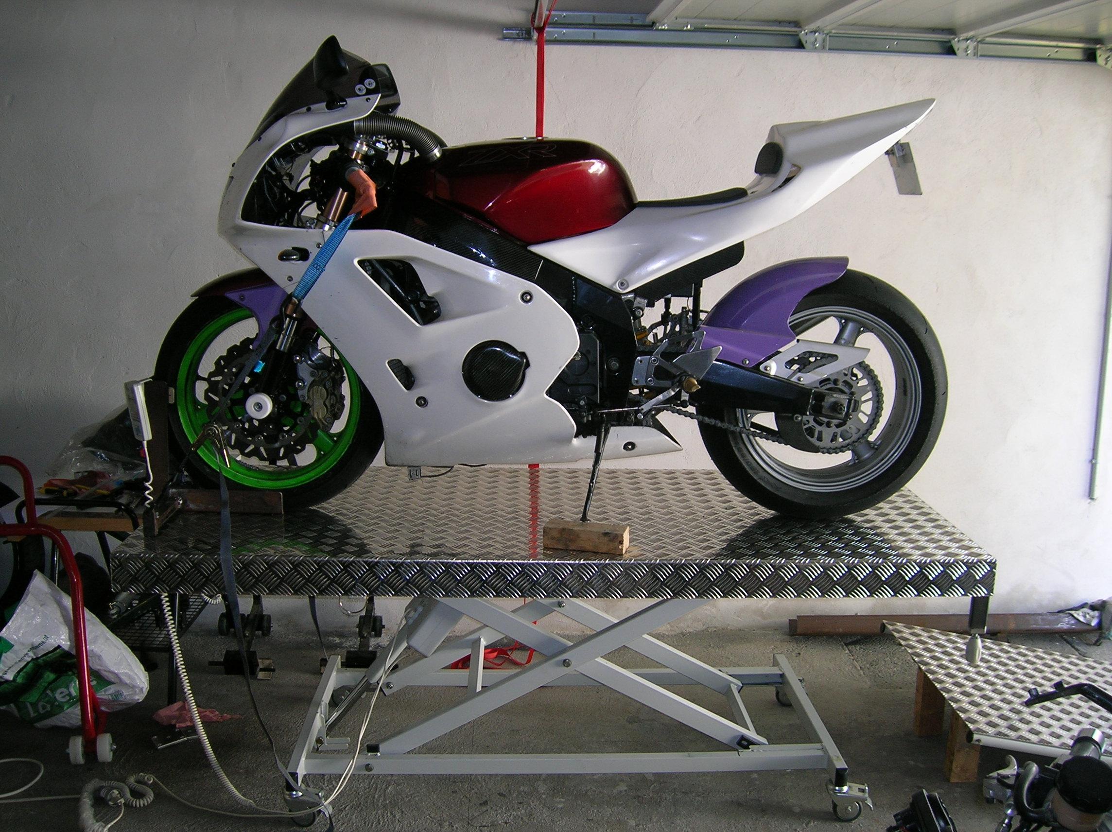 Pont de levage,table travail et autre leve moto Dscn2357e