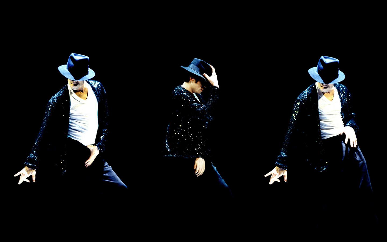 Michael Jackson - Page 2 PkfeTe