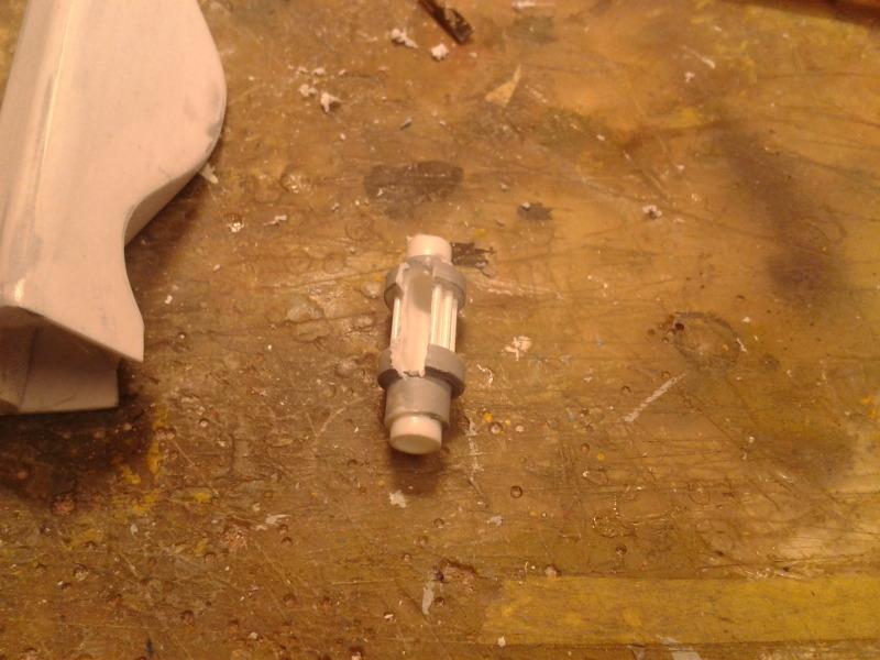Full Scratch Robot de combat de type Gundam ....... up du 08/01/15... VbJbzw