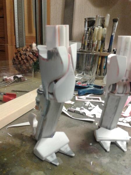 Full Scratch Robot de combat de type Gundam ....... up du 08/01/15... G9dkzt