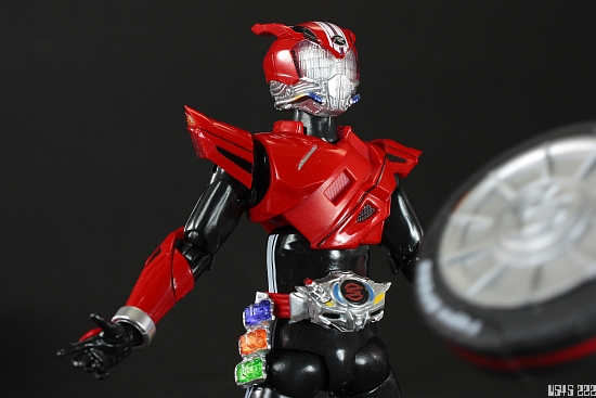 [Review] S.H. Figuarts Kamen Rider Drive type SPEED ZatKvq