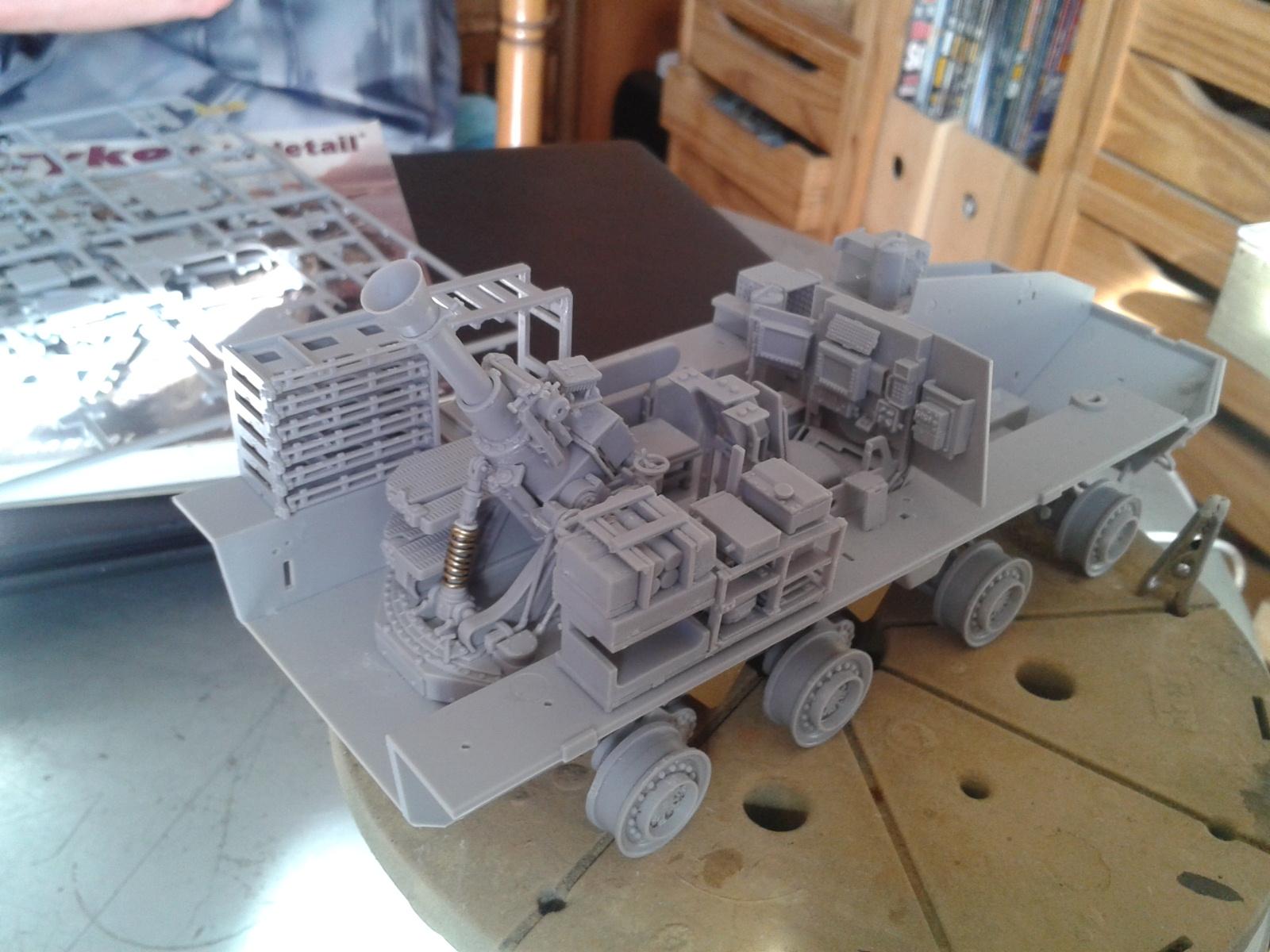 Stryker M1129 Mortar Carrier MC-B ...Montage terminé !!!! 20130511173601