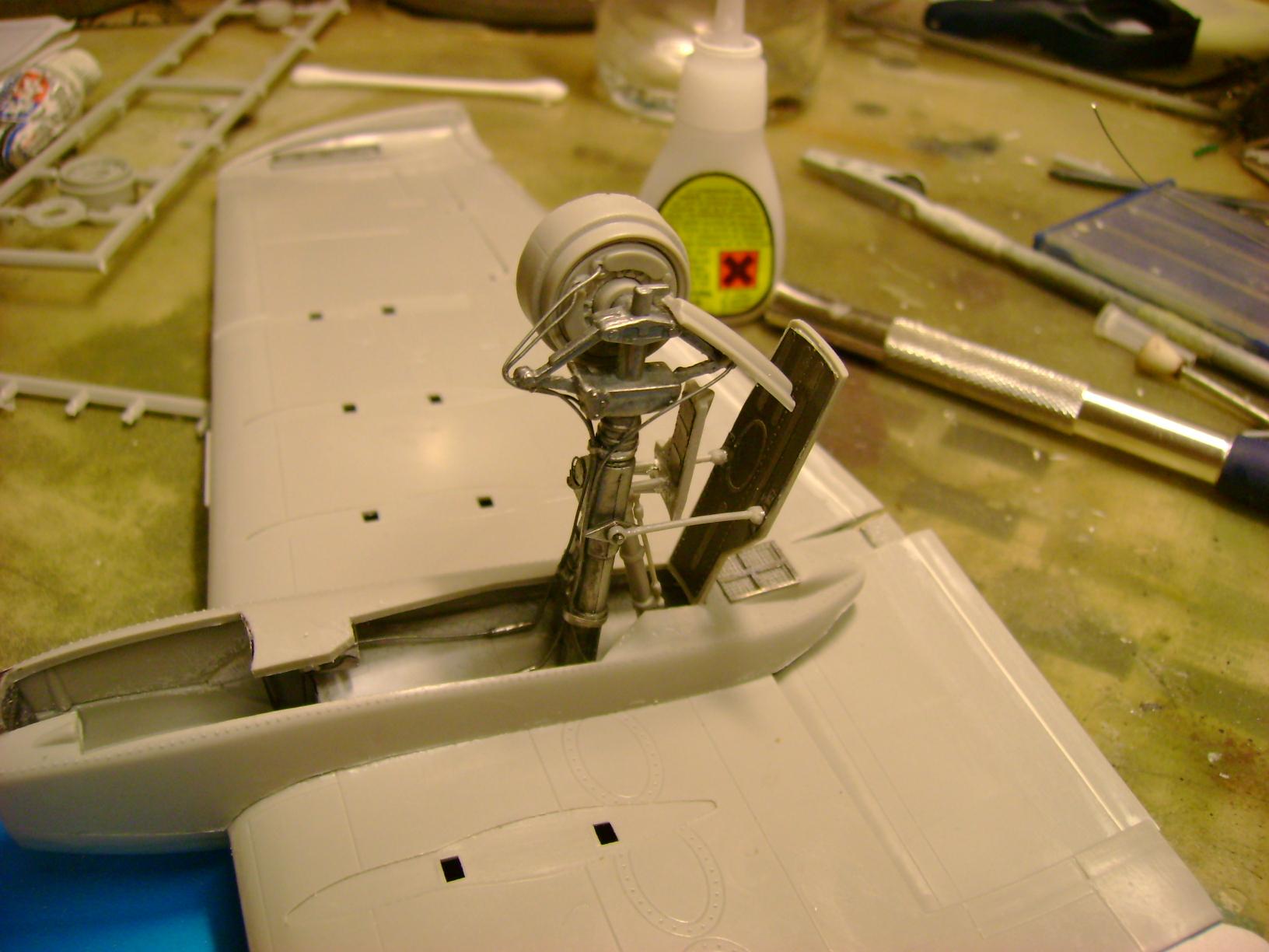 A-10 Thunderbolt II...1/32 Trumpeter + PE Edouard....( T-Bird) Up 02/12.... - Page 2 Dsc03190ki