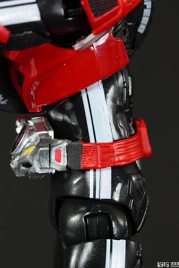 [Review] S.H. Figuarts Kamen Rider Drive type SPEED MDqm17