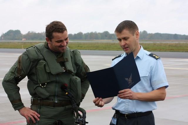 Armée tchèque/Czech Armed Forces - Page 3 2kapitanpavlikavelitelz