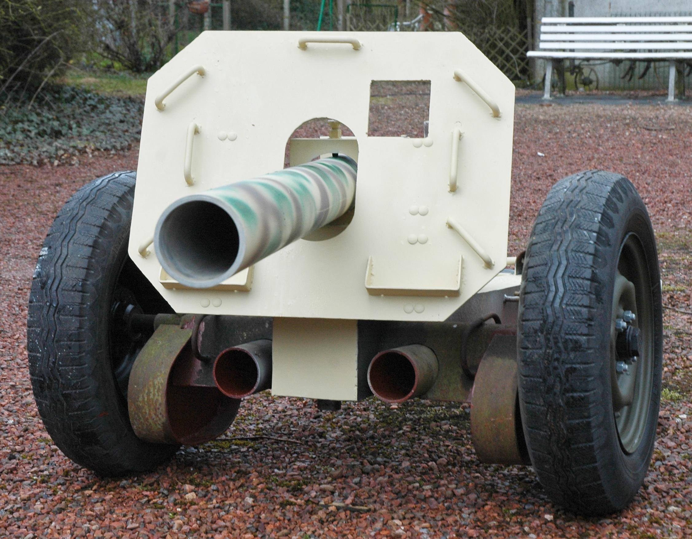 8.8 cm Raketenwerfer 43 Dsc9490