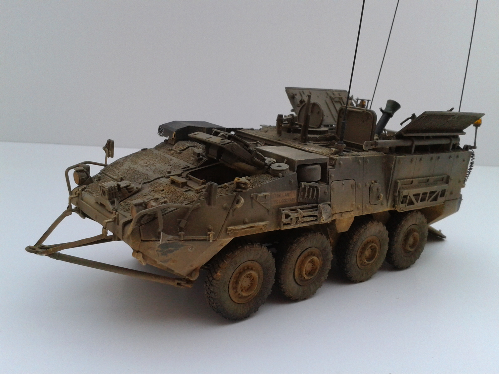 Stryker M1129 Mortar Carrier MC-B ...Montage terminé !!!! - Page 2 Yxou