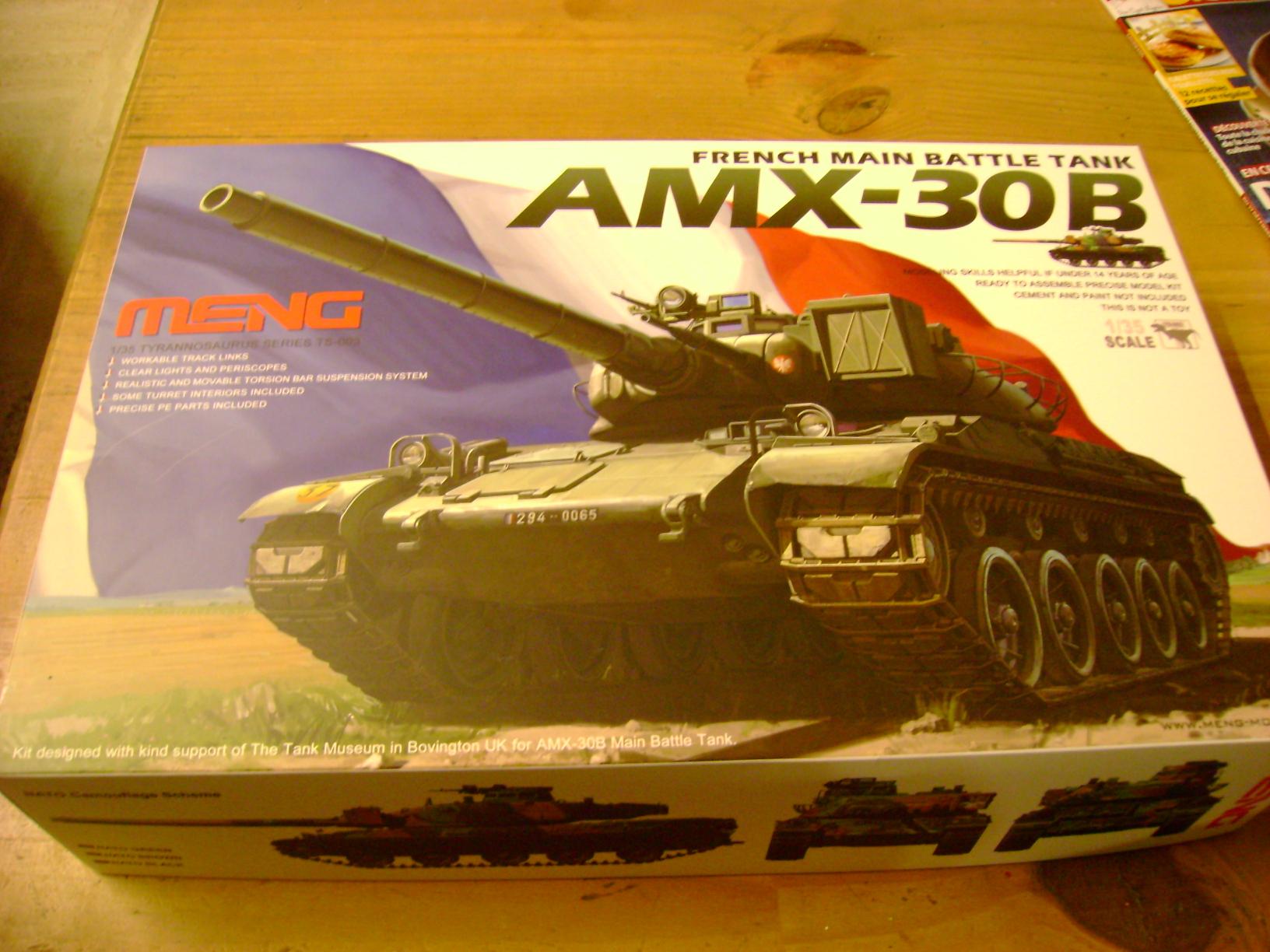 Review Kit AMX-30 B par Meng au 1/35.... Dsc03304bm