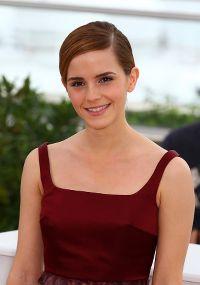 Quelques photos de l'actrice... - Page 6 27721525.th