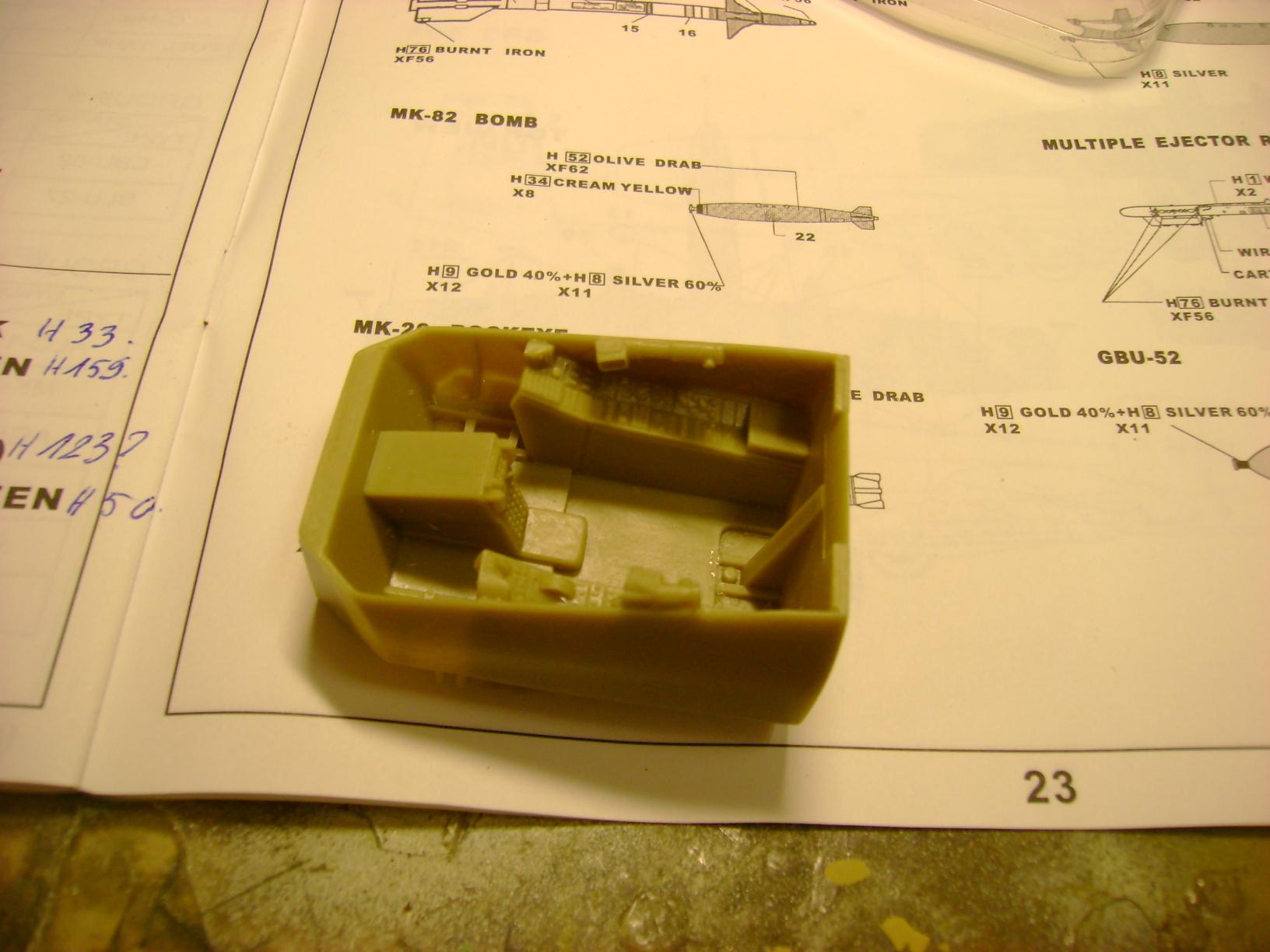 A-10 Thunderbolt II...1/32 Trumpeter + PE Edouard....( T-Bird) Up 02/12.... 39780336
