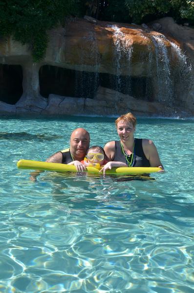 Florida, Fall 2013 - 25 days, 10 theme parks, Sun, Fun & More - Page 14 Mnlb