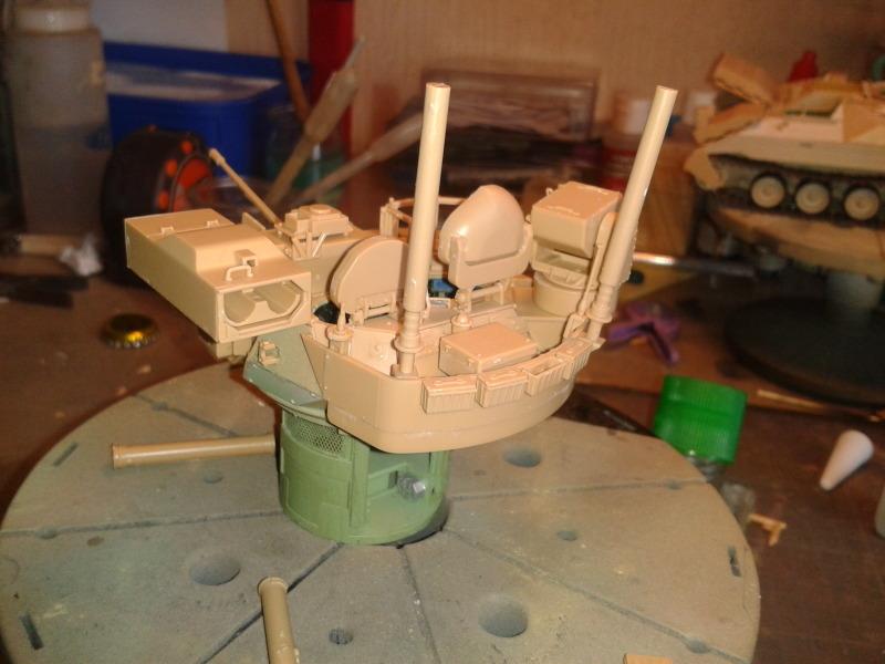 Bradleys M2A3 w/Busk III Meng 1/35 by T-Bird....Terminer !!!!! Z0zn