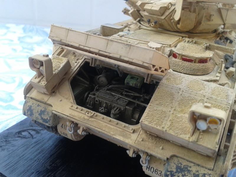 Bradleys M2A3 w/Busk III Meng 1/35 by T-Bird....Terminer !!!!! 0b7m