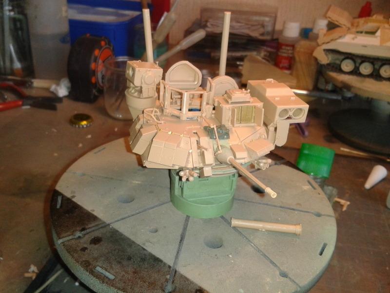 Bradleys M2A3 w/Busk III Meng 1/35 by T-Bird....Terminer !!!!! 6vr3