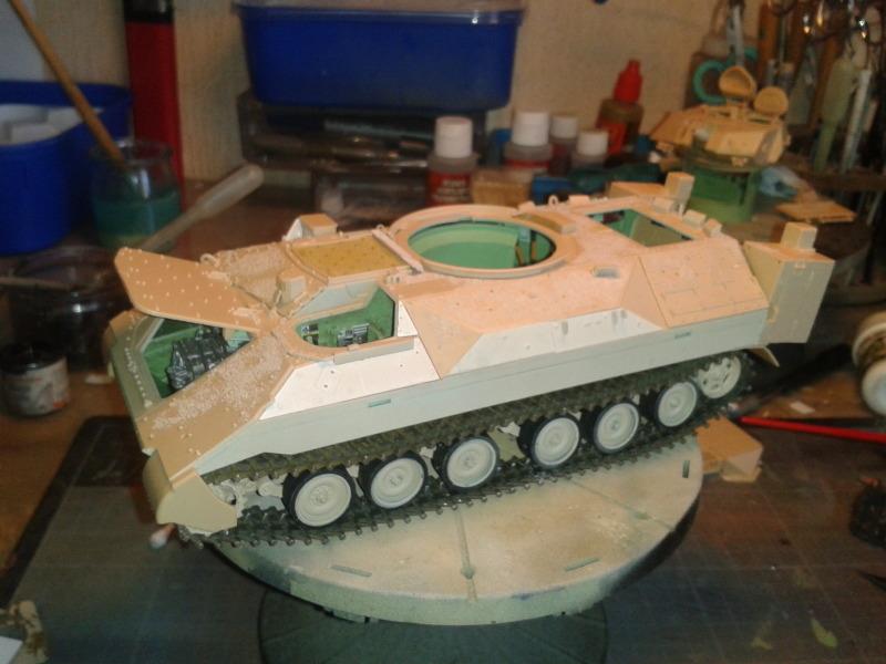 Bradleys M2A3 w/Busk III Meng 1/35 by T-Bird....Terminer !!!!! 2xui