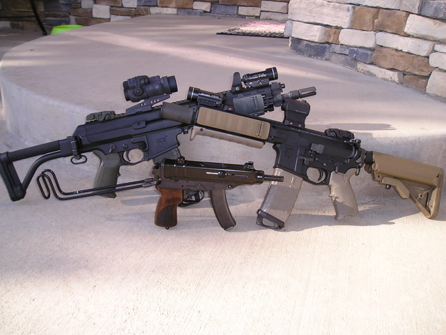 Let's see your other cool firearms. - Page 2 Skorpion011