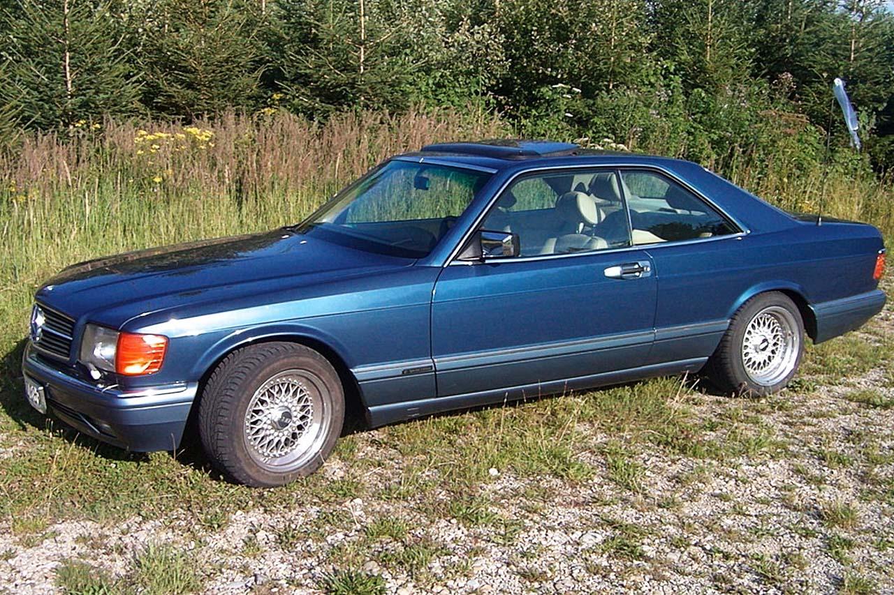 (C126): 560SEC Azul com interior Bege - Fotos Mercedes380008014107136