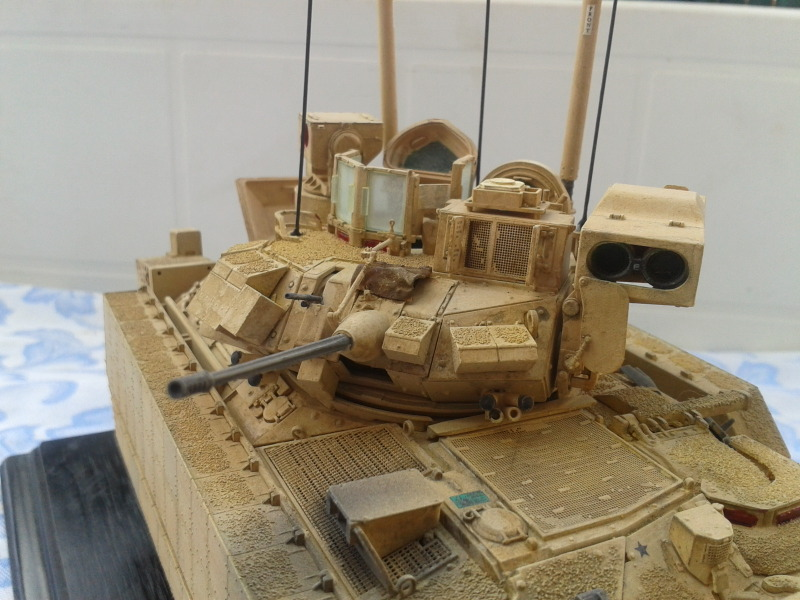 Bradleys M2A3 w/Busk III Meng 1/35 by T-Bird....Terminer !!!!! Mgjf6