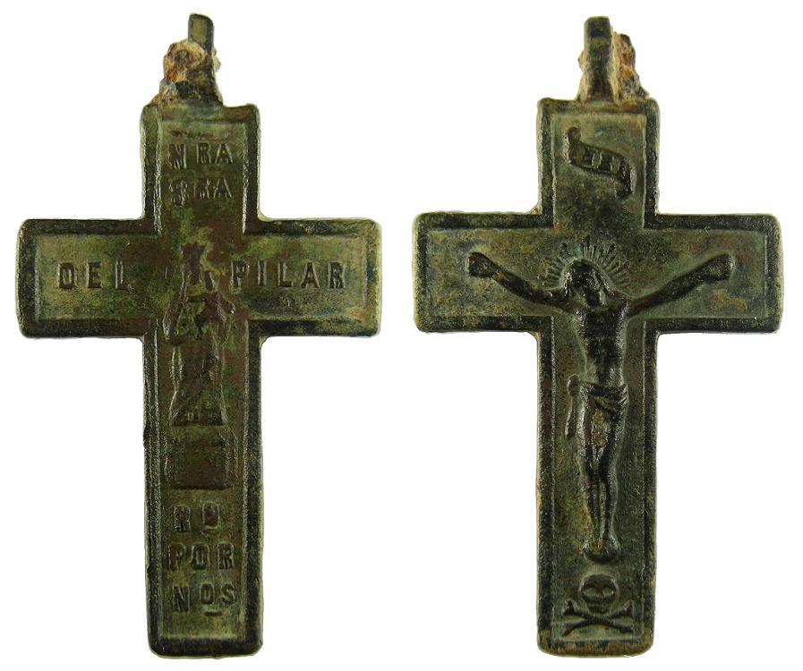 Cruz plana pectoral bifaz: Cristo crucificado / VIRGEN DEL PILAR. Siglo ? 1cruzbifazcrucifvirgend
