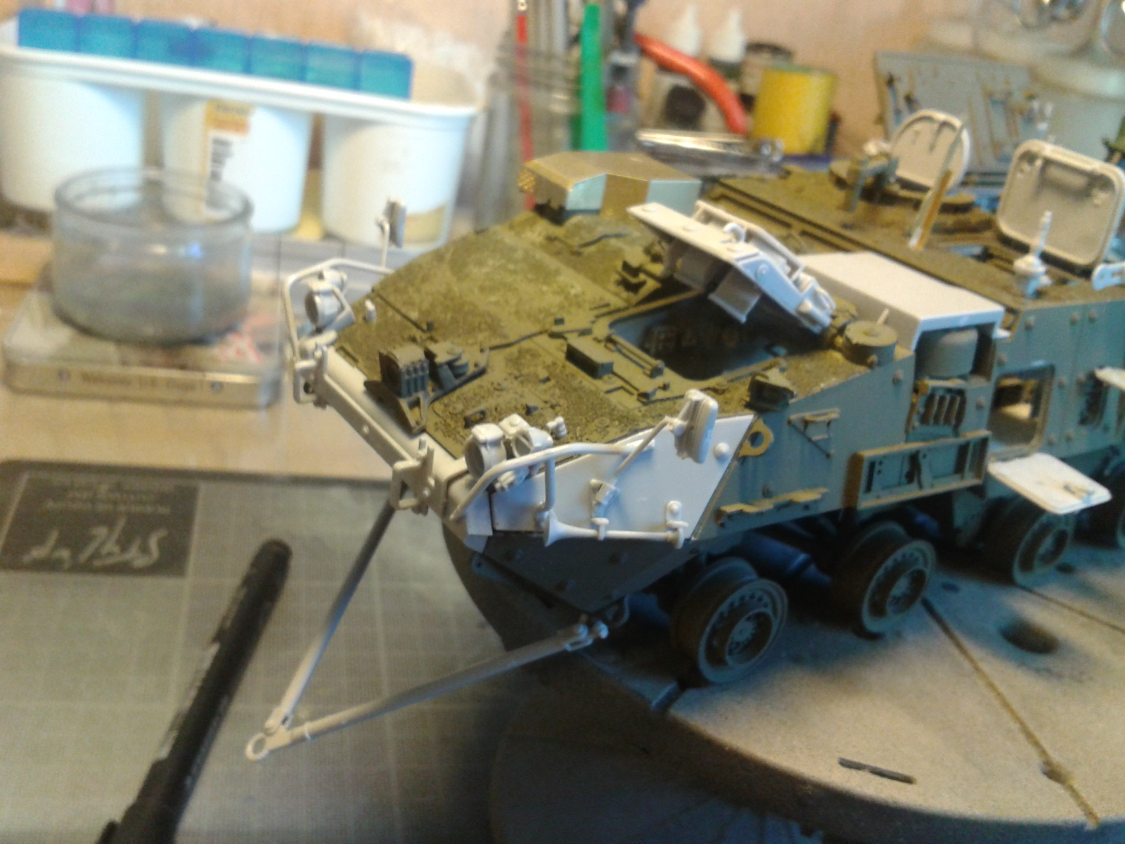 Stryker M1129 Mortar Carrier MC-B ...Montage terminé !!!! - Page 2 Uafg