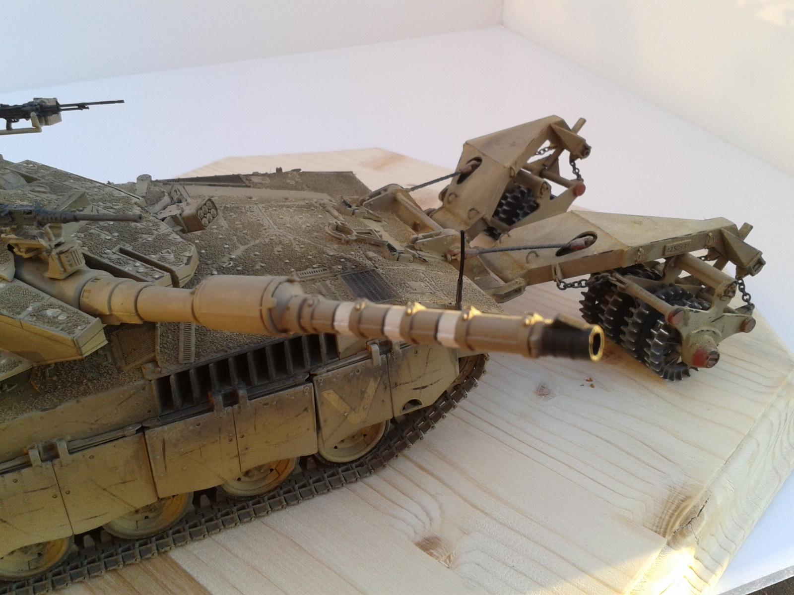 Merkava Mk.3 BAZ w/Nochri Dallet Mine Roller System Meng 1/35....Terminé !!!!! Rd3c