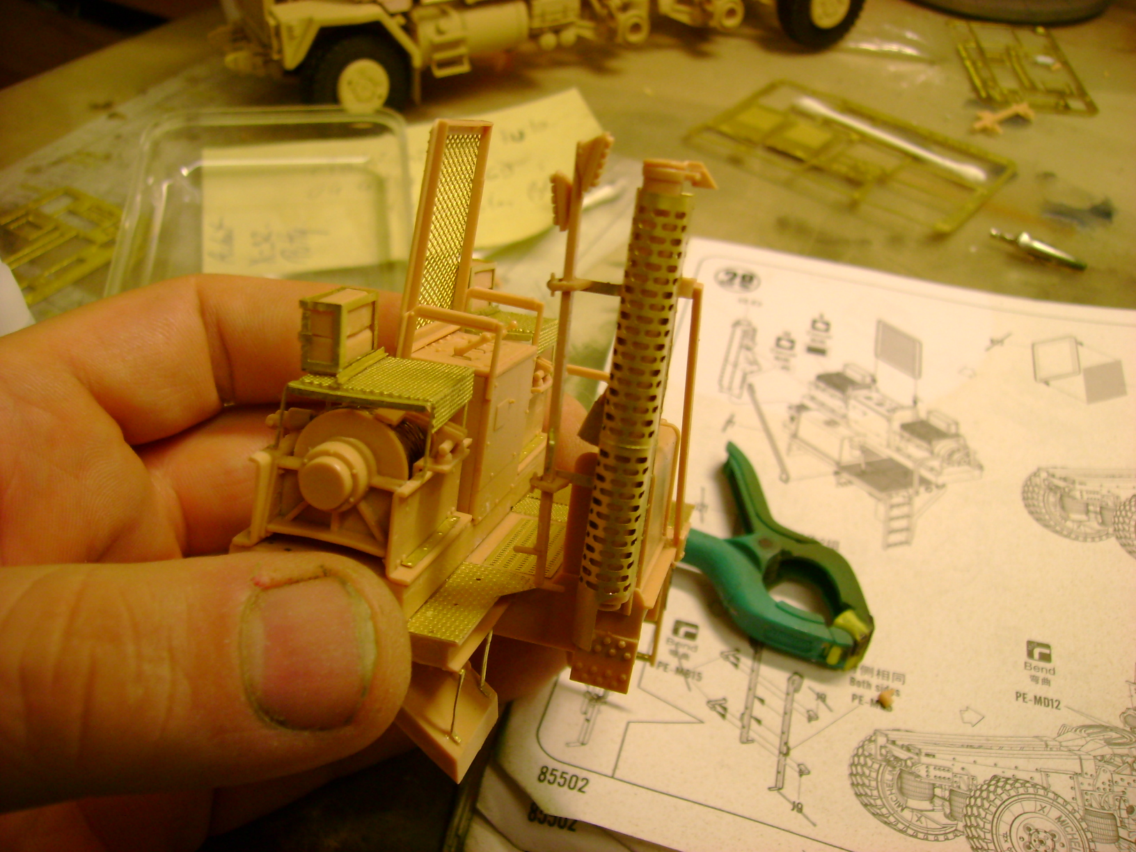 M1070 Truck Tractor & M1000 Semi-Trailer By T-bird!!!!! 1/35 Hobby Boss.Up du01/02.... - Page 4 111pc