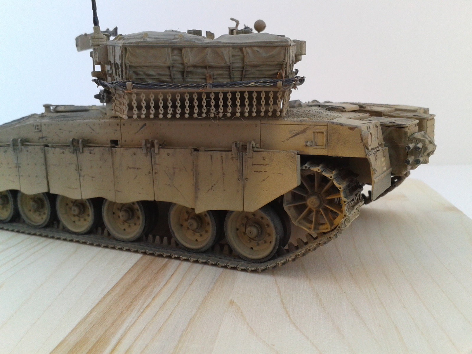 Merkava Mk.3 BAZ w/Nochri Dallet Mine Roller System Meng 1/35....Terminé !!!!! Bkwi