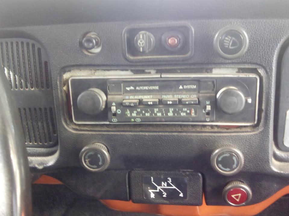 Autoradios de época para VW escarabajo y demás aircooleds UiS1ax
