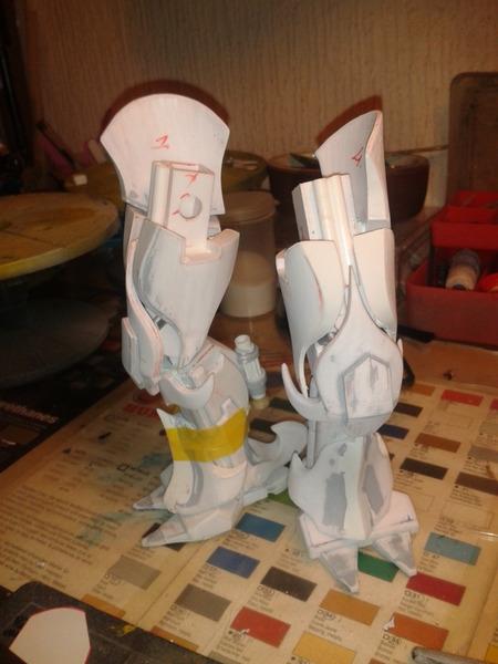 Full Scratch Robot de combat de type Gundam ....... up du 08/01/15... IBtnRq