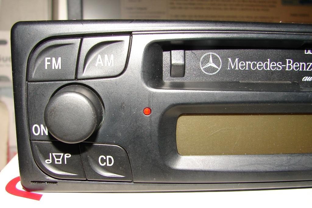 Vendo Rádio original Classe A   (168 820 00 86) - VENDIDO 9bNqcM