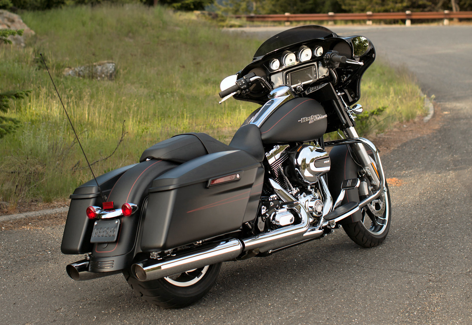 Harley Davidson - Η καλυτερη δουλεια του κοσμου!!! Y451XX