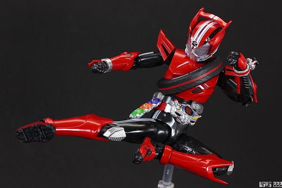 [Review] S.H. Figuarts Kamen Rider Drive type SPEED JCFqws