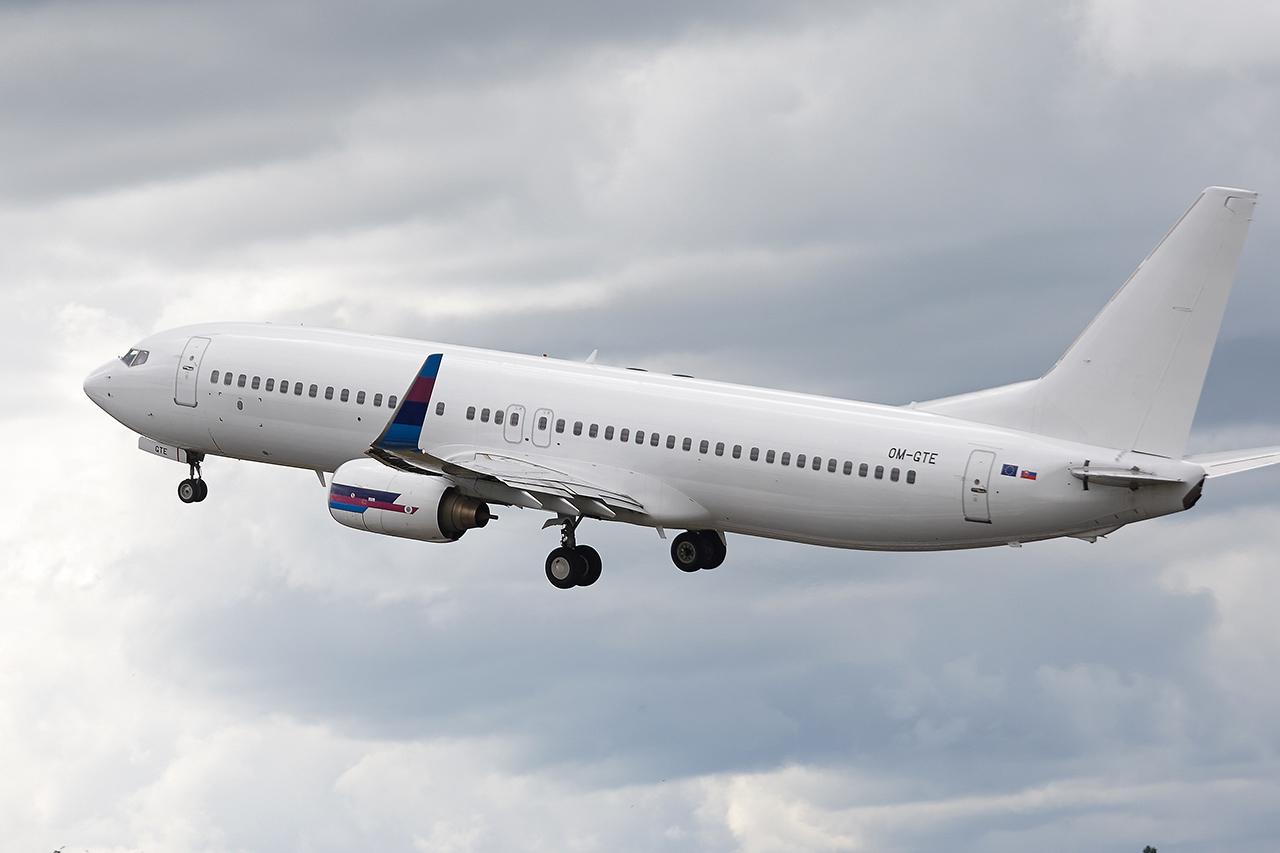 [22/05/2016] Boeing 737-800 (OM-GTE) Go2Sky MQuQ5s
